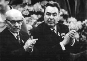 Gomułka i Breżniew w NRD